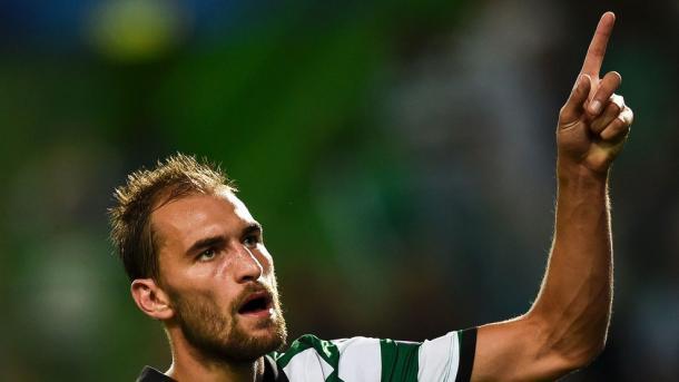 Bas Dost celebra un gol esta temporada | Foto: UEFA