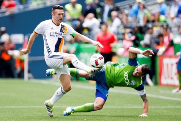 Robbie Keane (Right) winning the ball back on Saturday against the Seattle Sounders at CenturyLink Field. Photo provided by Jennifer Buchannon-USA TODAY Sports.