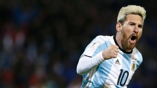 Leo Messi con la maglia Albiceleste. Fonte foto: Getty Images.