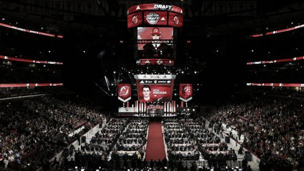 La elección de Nico Hischier, todo un espectáculo de masas. Foto: NHL