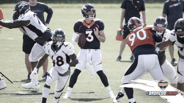 el QB Drew Lock es el futuro de la franquicia de Colorado (foto Broncos.com)