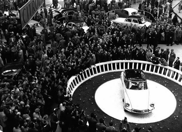 Citroën DS 19 en el Salón de París de 1955 (Imagen: Largus.fr)