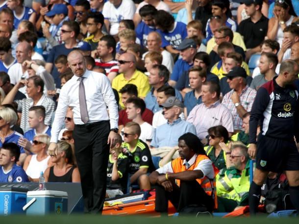 Dyche en Stamford Bridge en el encuentro de ida. Foto: Burnley