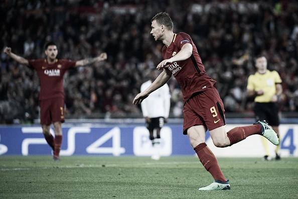 O artilheiro Dzeko deixou novamente sua marca na reação da Roma. Foto: Filippo Monteforte/Getty Images