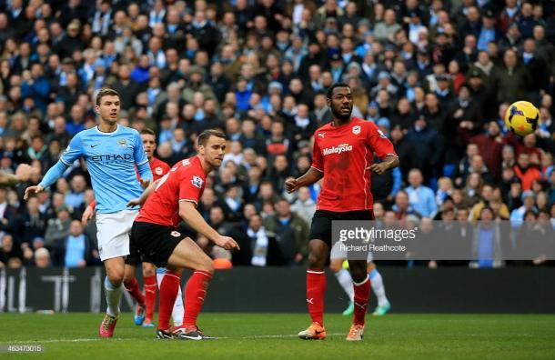 Dzeko en el primer gol del Manchester City. Foto: Getty Images.