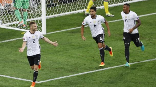 Mustafi scored versus Ukraine at Euro 2016 (photo:google images)