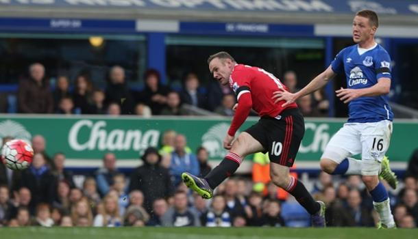 Rooney scores United's third in a 3-0 win at Goodison Park earlier in the season | Photo: Getty Images