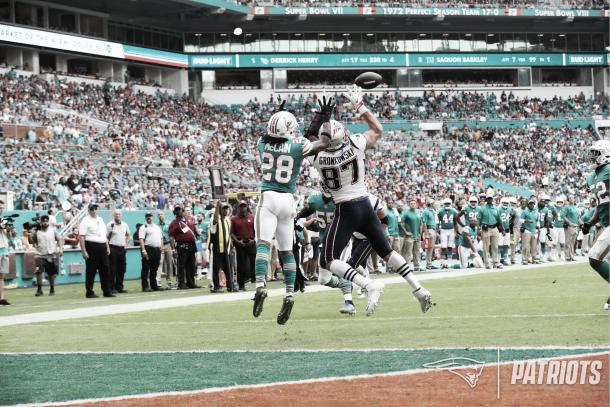 Gronkowski recibió 107 yardas en 8 recepciones, más que Gordon (96) y Edelman (86) | Foto: Patriots.com