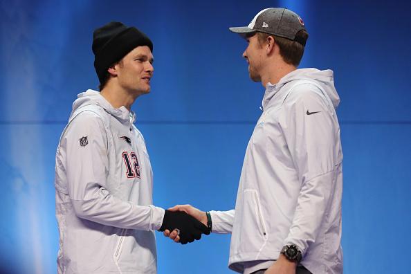 Brady ou Foles: quem será o quarterback campeão do Super Bowl LII? A resposta será neste domingo (4) | Foto: Elsa via Getty