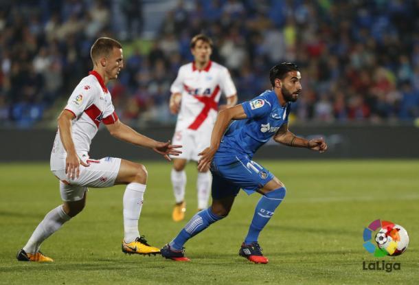 Ely persigue a Chuli. / Foto: La Liga