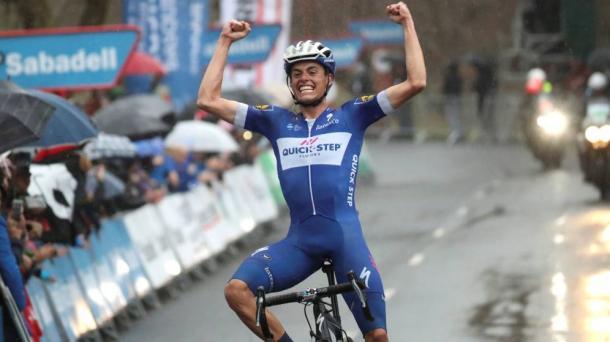 Enric Mas consiguió la victoria en la 6ª etapa de la Vuelta al País Vasco |  Fotografía: Quick Step-Floors