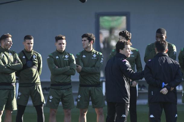 Álex Moreno y Carles Aleñá durante un entrenamiento | Fotografía: @carlesalenya
