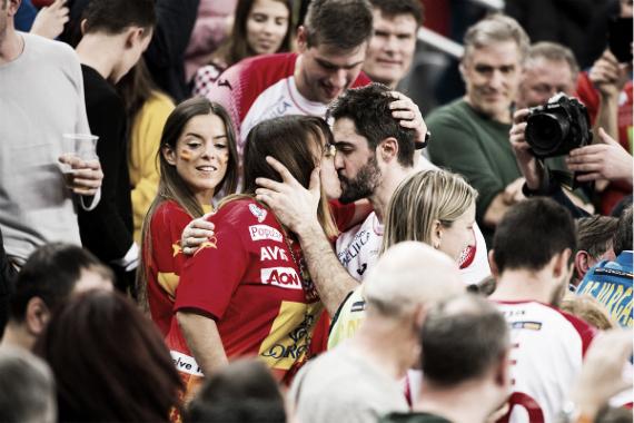 El central español festejando el pase a la final   Foto: cro2018.ehf-euro.com