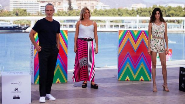Ernesto Alterio, Clara Lago y Mariana Barassi en el photocall de Málaga /Fuente: El Periódico
