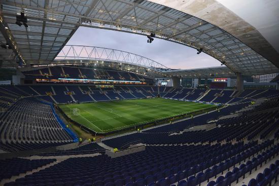 O Estádio do Dragão vai encher esta noite | Foto: Trip Advisor