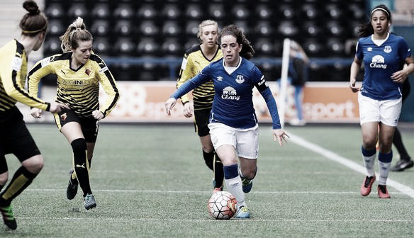 Everton's captain Michelle Hinnigan with the ball. Photo: http://everton.fawsl.com/