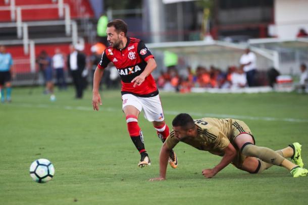 Éverton Ribeiro no confronto contra o Sport, no ano passado, quando marcou gol da vitória. Foto: Gilvan de Souza/Flamengo