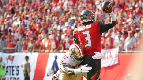 La defensiva de los 49ers dio la talla (foto: www.49ers.com)