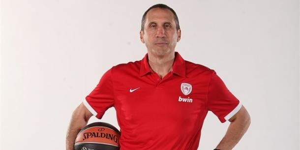 David Blatt, entrenador de Olympiacos. | Foto: Euroleague