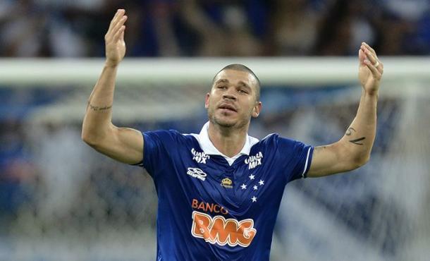 Atleta foi bicampeão brasileiro com o Cruzeiro em 2013 e 2014 (Foto: Washington Alves/Light Press)