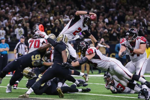 Falcons e Saints são apostas favoritas para surpreender; ambos da NFC (Foto: Icon Sportswire/Getty Images)