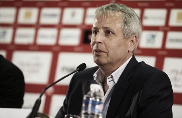 Lucien Favre ante los medios. Foto: niza.fr