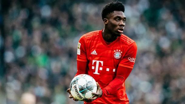 Davies firmó con el Bayern München (bundesliga.de)