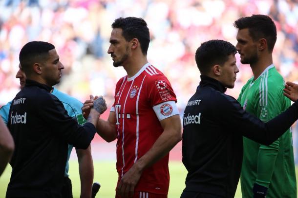 Bayern y Frankfurt se ven las caras en la final de la DFB Pokal  | Foto: @FCBayernES