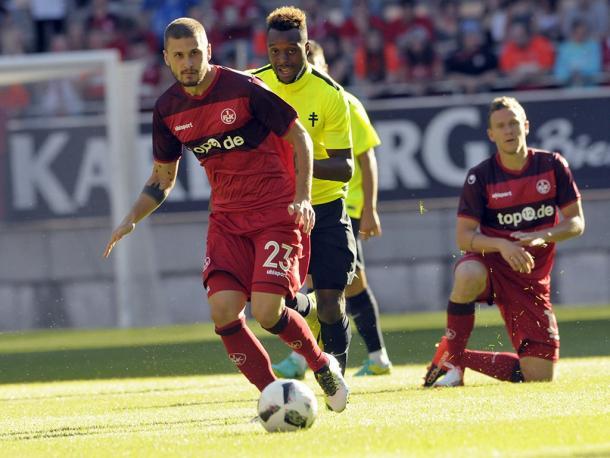 Mateusz Klich playing against FC Metz | Photo: 1.FC Kaiserslautern