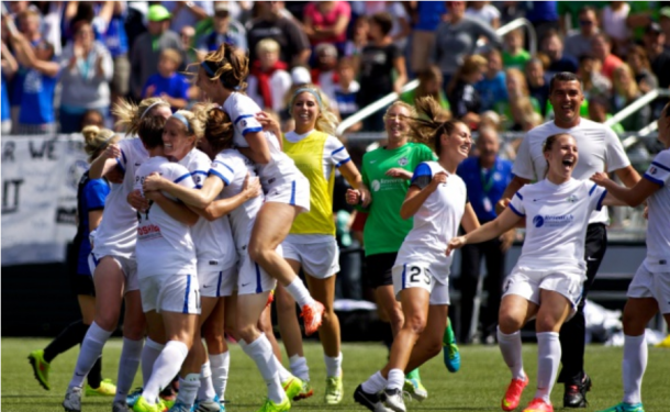 FC Kansas City celebrates after winning their first championship 2-1 over the Seattle Reign in 2014. The team would go on to beat Seattle again in the 2015 championship game. | Photo: Craig Mitchelldyer - Getty Images