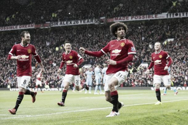 Fellaini scored during a 4-2 derby win over City in April 2015 | Photo: Jon Super/ Associated Press