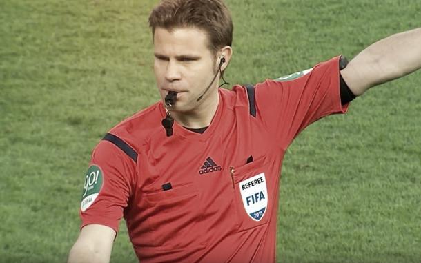 El colegiado internacional con la FIFA   Foto: FIFA