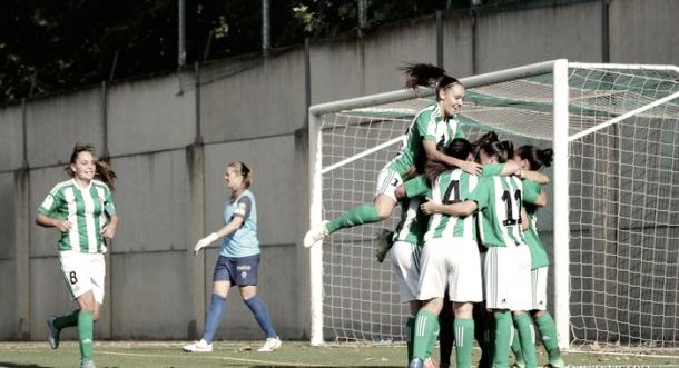 El conjunto femenino celebrando un gol en uno de sus partidos. Foto: vavel