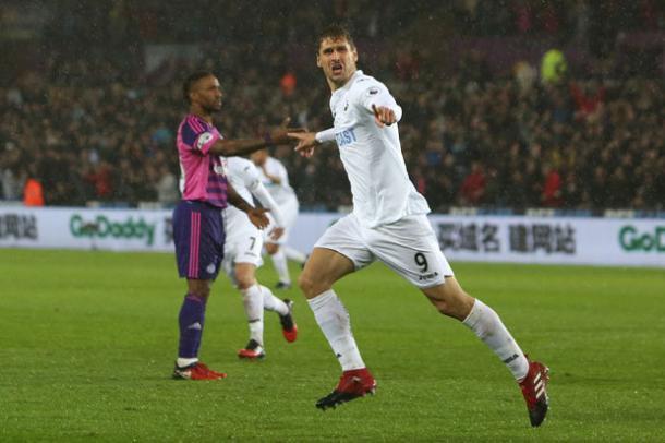 Llorente esulta contro il Sunderland, www.dailystar.co.uk