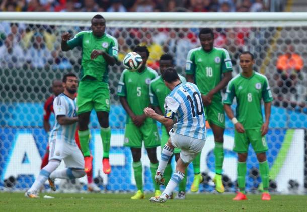 Lio Messi, autor de un doblete en el último partido en mundiales entre Argentina y Nigeria | Foto: @FIFAWorldCup