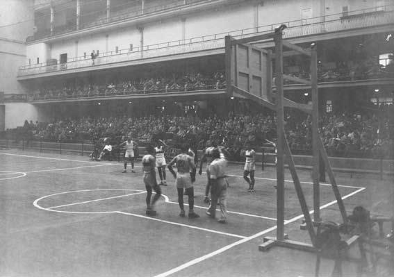 El Frontón Fiestalegre, lugar donde el Real Madrid disputaba sus primeros partidos como local | Fotografía: fuente desconocida por la antigüedad de la imagen