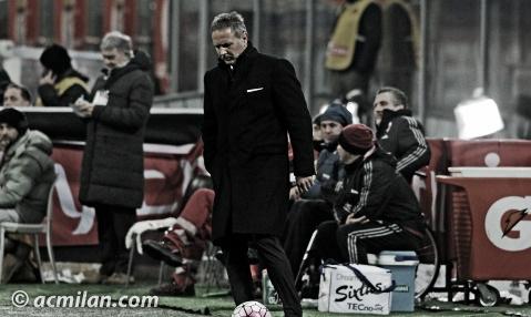 Mihajlovic al mando del AC Milan.   Foto: acmilan.com