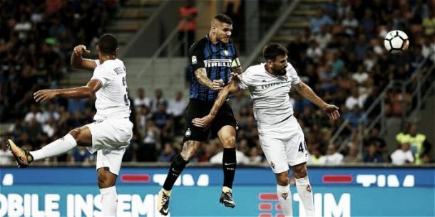 La Fiorentina cayó ante el Inter en el primer partido de liga   Foto: futbolred