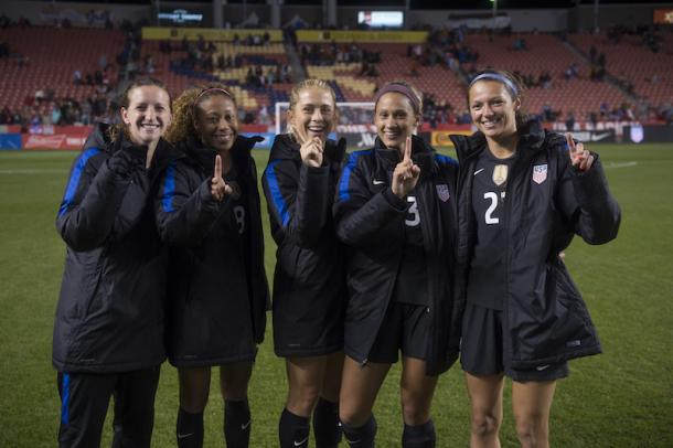 Andi Sullivan, Casey Short, Abby Dahlkemper, Lynn Williams, and Ashley Hatch from left to right on the night of their first caps with the USWNT l Source: ussoccer.com