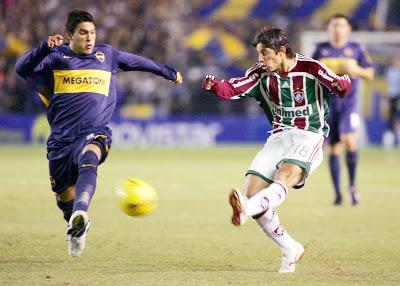 Conca contra o Boca, na Libertadores 2008 (Foto: Reprodução / Conmebol)