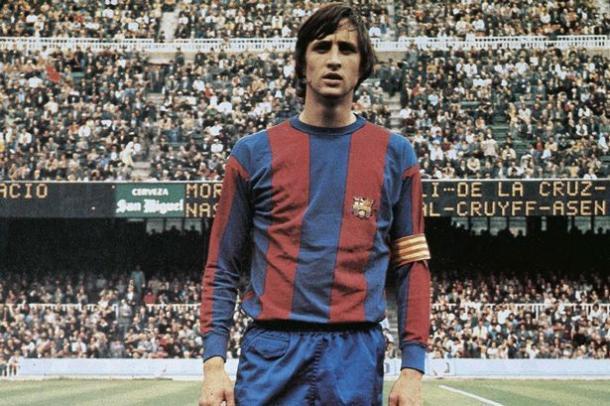Cruyff pelo Barcelona | Foto: Getty Images