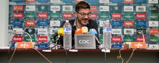 Fotis Katsikaris durante la rueda de prensa   Foto: UCAM Murcia