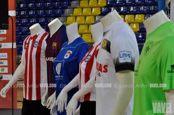 Las camisetas de los equipos participantes / Foto: Eduardo Ariño (VAVEL.com)