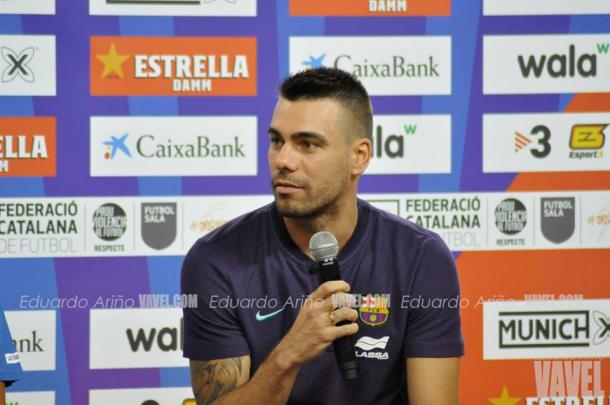 El capitán del Barça Lassa, Sergio Lozano, durante el acto / Foto: Eduardo Ariño
