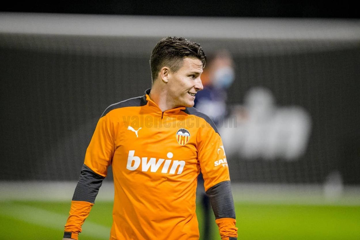 Gameiro en un entrenamiento. Valencia CF