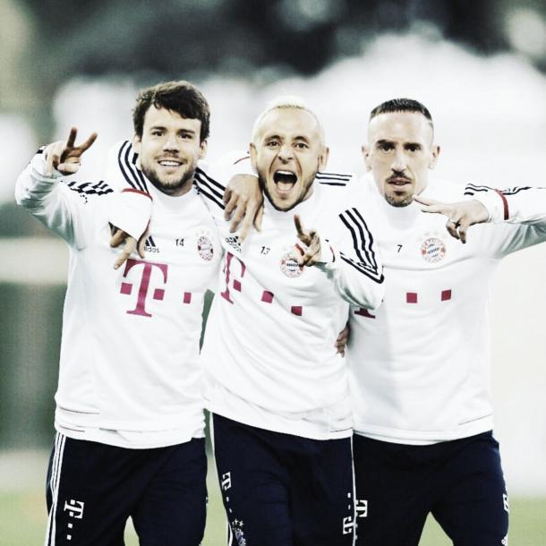 Franck Ribéry, Juan Bernat y Rafinha en Doha   Foto: Twitter Ribéry (@FranckRibery)