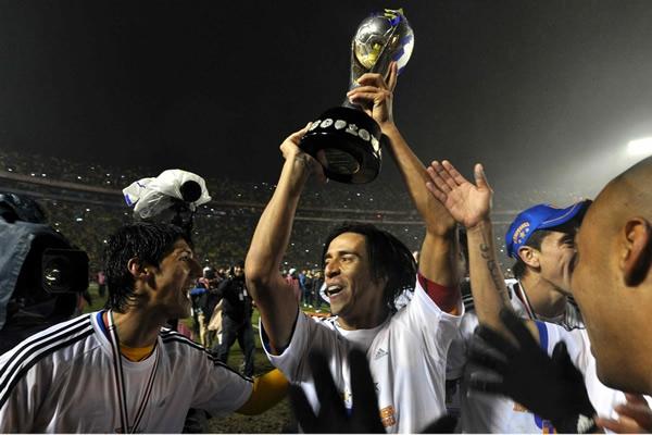 Lucas Lobos Campeón con Tigres   Foto: Pasión Futbolera