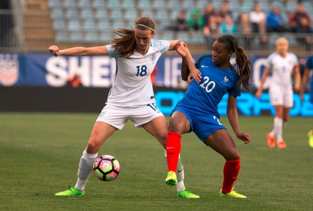 England's Jill Scott (white) fighting France's Grace Geyoro (blue) in the first half of the 2017 She Believes Cup. | Source: Mitchell Leff - Getty images