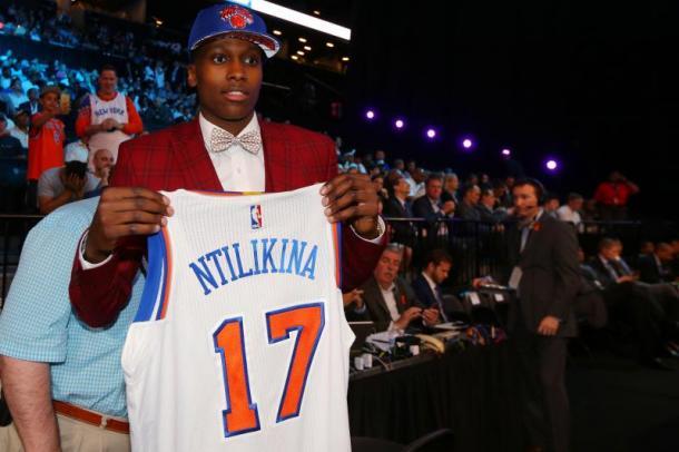 Frank Ntilikina rookie dei New York Kniks. Fonte: Bleacher Report