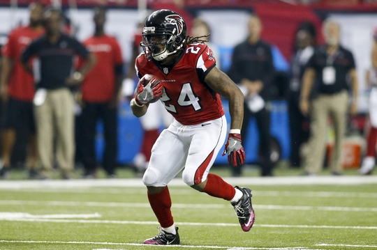 Freeman added to the Falcons run game. | Photo: USA Today Sports